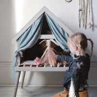 DIY Dollhouse Stage