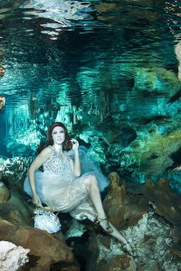 International Underwater Model Katrin Gray at Hilario Cenote Mexico