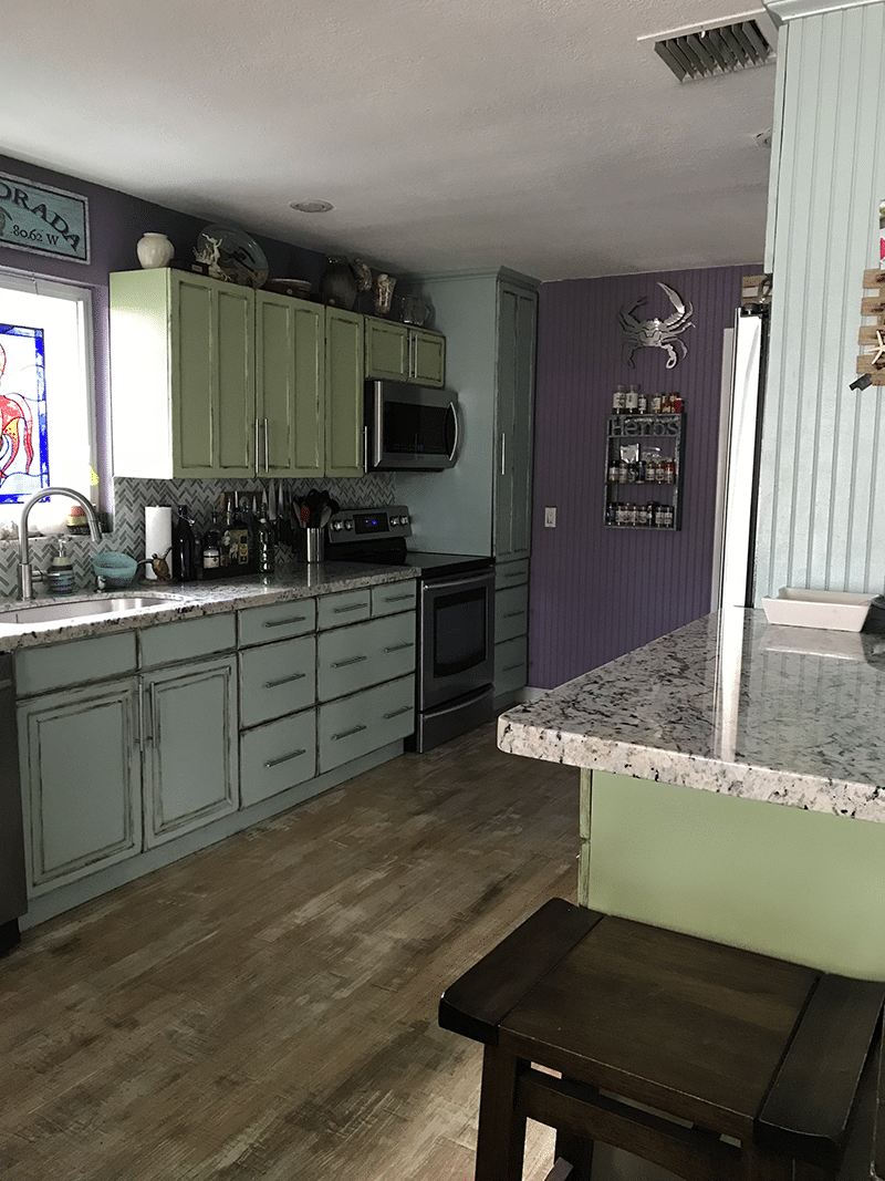 How to Remodel Your Kitchen on a Budget via @mermaidsandmojitos