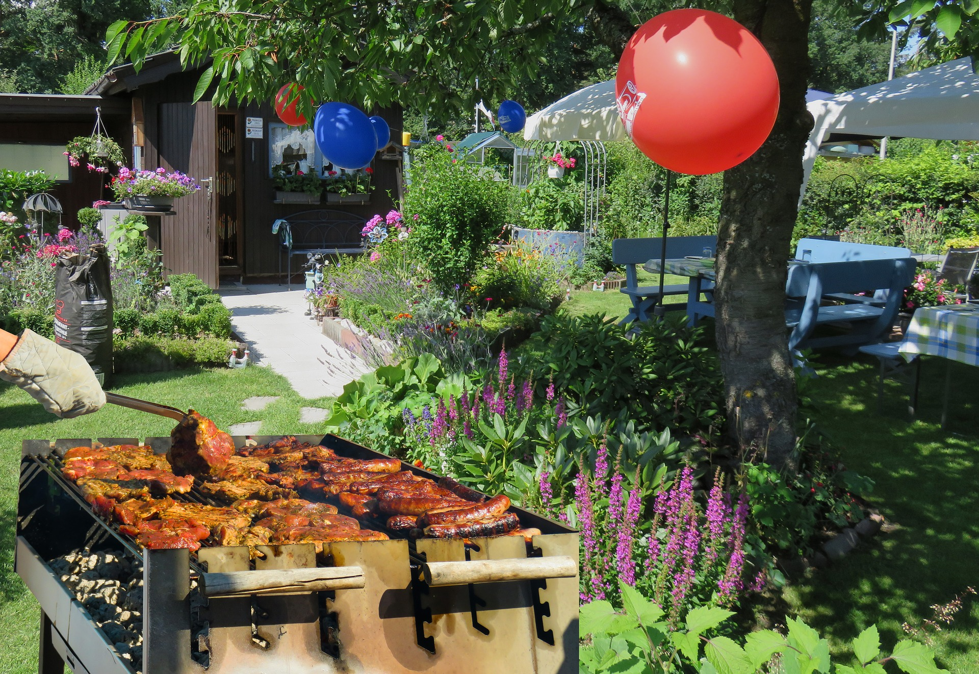 Shoot for the Stars Backyard BBQ Party via @mermaidsandmojitos