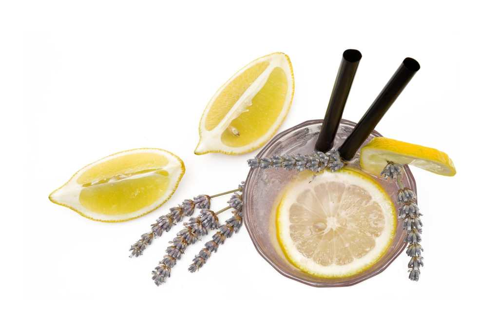 Homemade sparkling lavender lemonade