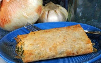 Spanakopita – Spinach and Feta Cheese Phyllo Cups