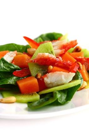 Tropical Spinach and Papaya Salad