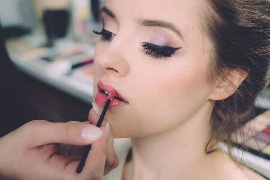 Have your make-up professionally done | single girls Valentine's Day