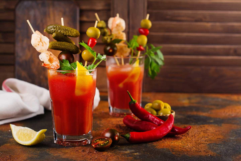 Spicy Cajun Bloody Mary Cocktail via @mermaidsandmojitos