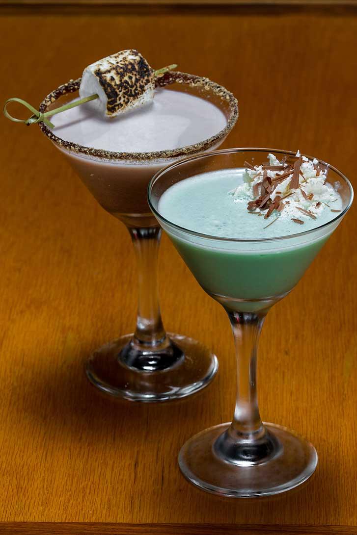 Tujague's Grasshopper Martini Cocktail via @mermaidsandmojitos