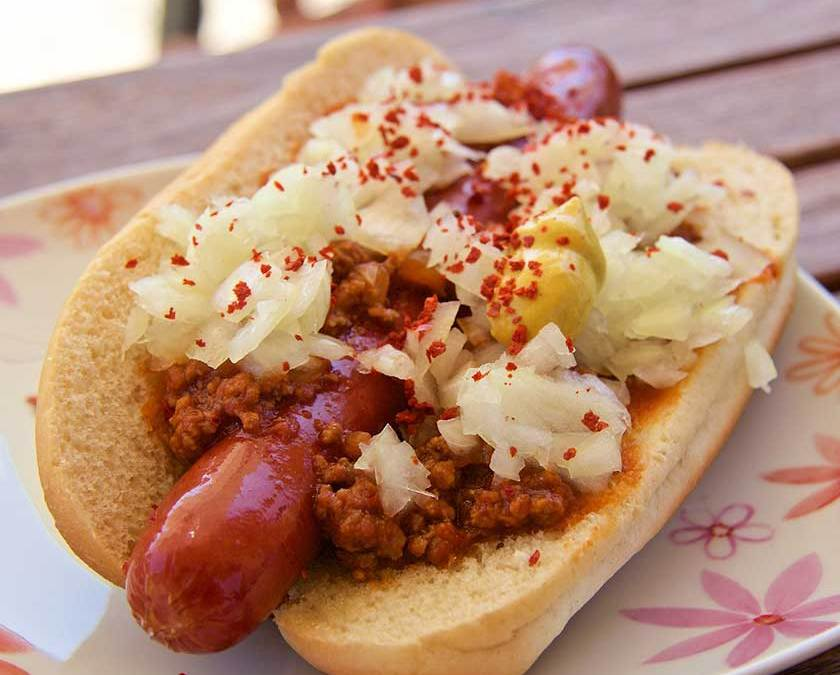 Classic Chili Hot Dog