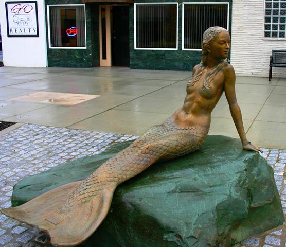 Oak Harbor Mermaid Sculpture