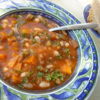 Sunday soup: Fassolatha (Greek bean soup)