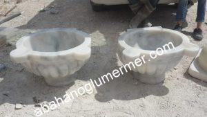 hafif bulutlu beyaz mermer kurna ku-037 ölçüleri : 45x55x35 cm fiyatı : 900 tl