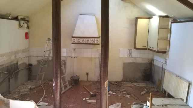 Old Kitchen being removed from Merok Mill House
