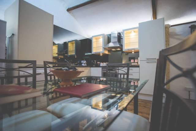 MerokMillHouse-SelfCatering-Bangor-NorthernIreland-Kitchen-Closeup-Corner