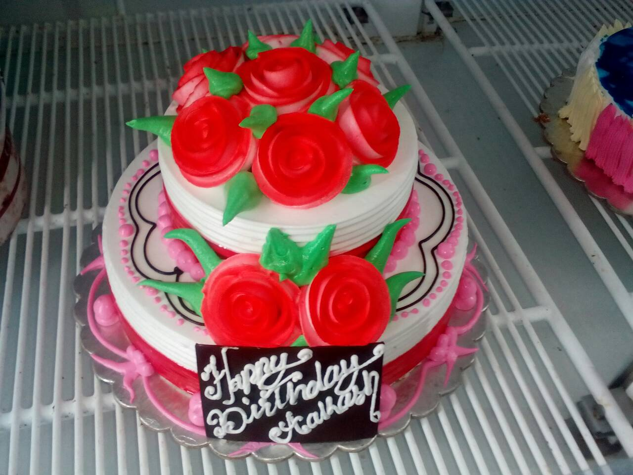 Birthday Cake Red Rose 3 Pound