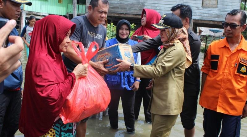 Bupati Luwu Utara Tinjau Lokasi Banjir di Malangke Barat