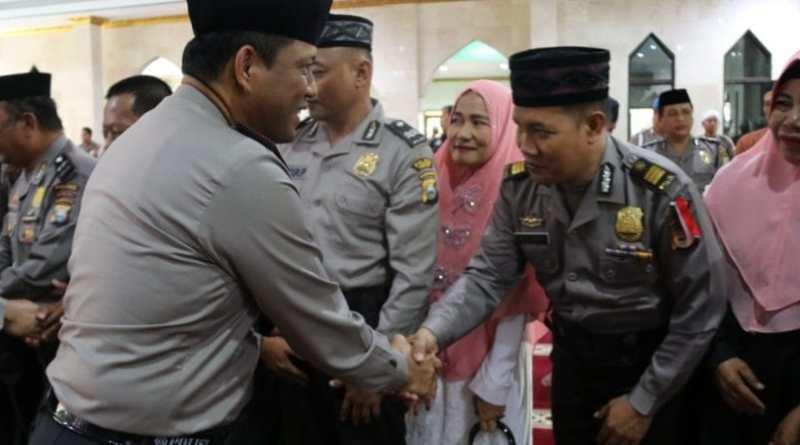 Wakapolda Sulsel Lepas 56 Orang Calon Jemaah Haji Polda Sulsel
