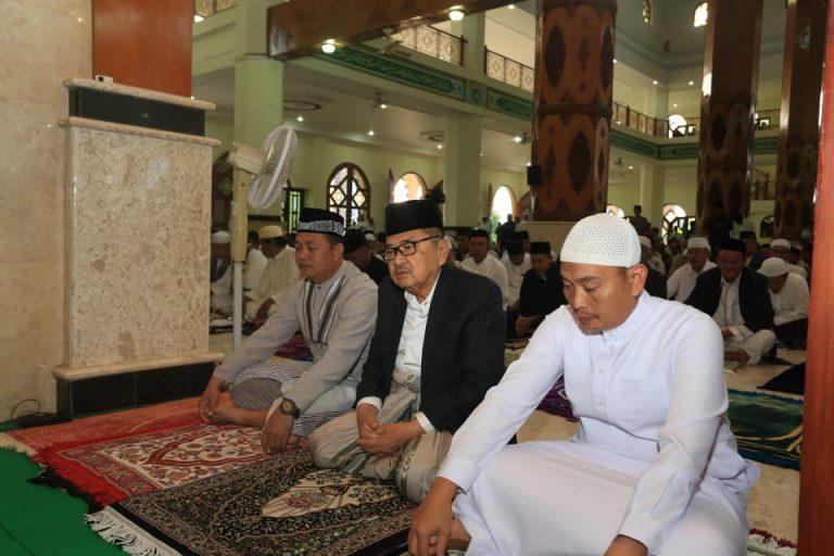 Walikota Palopo bersama Wawali, Beri Sambutan Idul Adha dan Qurban. Sekda Mohon Maaf Selama...