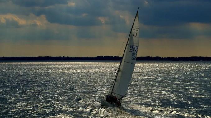 voilier au près