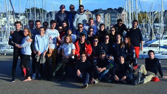 groupe d'etudiant de l'association oceania