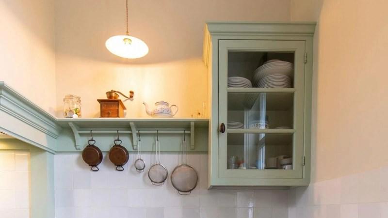 Houten keuken Hamme kastje servies