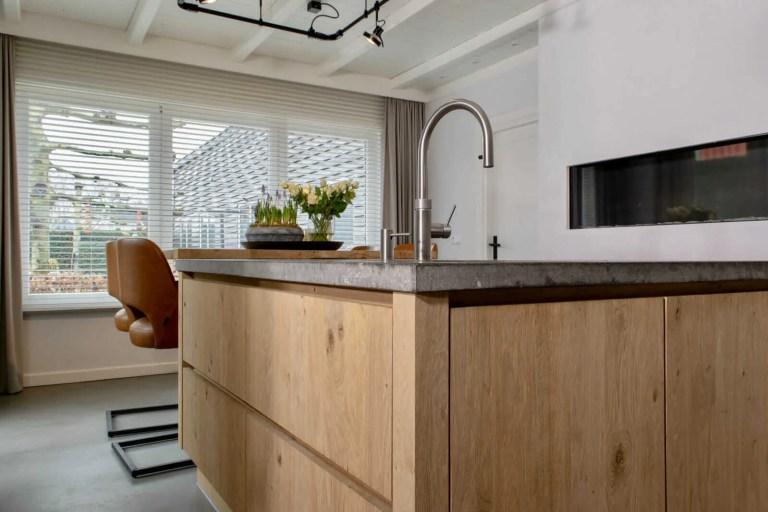 Landelijke keuken Oudenbosch raam hoek