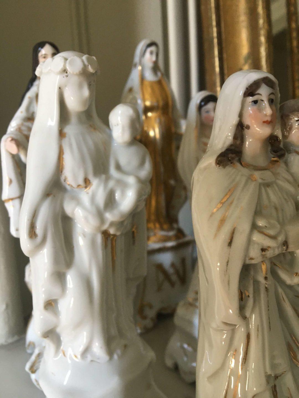 Vierge-porclaine-Vieux-Paris-XIXème-blanche-or-religieux