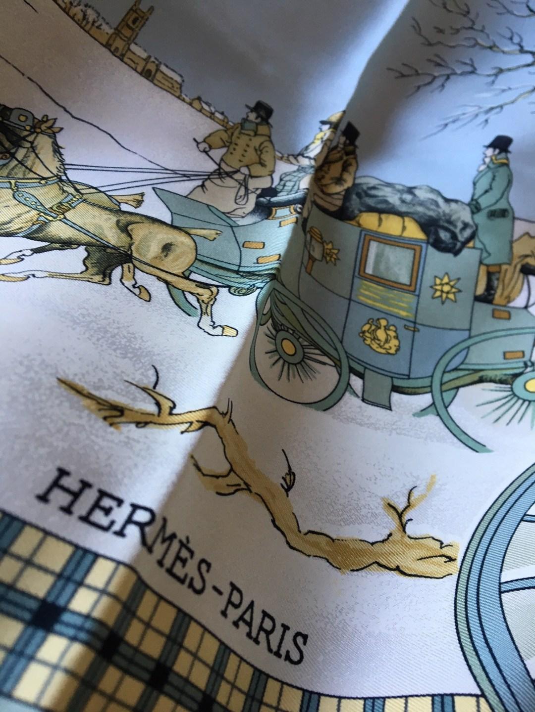 carré-hermès-l-hiver-en-poste-gris-ledoux-vintage-neuf-aujthentique