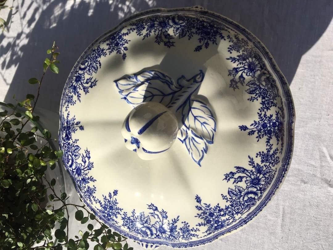 Soupière bleue Lunéville