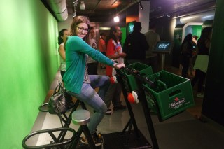There was a interaction where you could cycle and karaoke in dutch where it was shown...