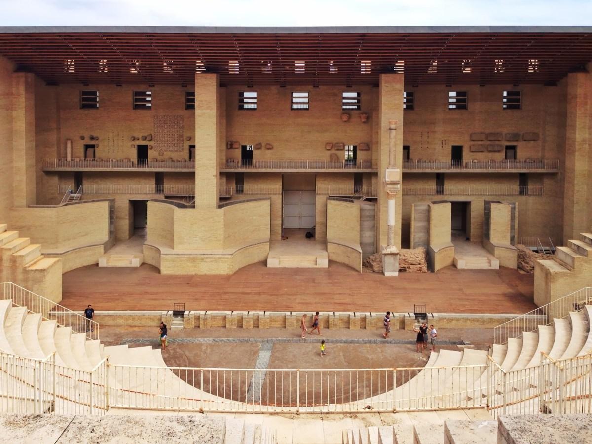 Rehabilitación del Teatro Romano, Sagunto. 1992|1994. Giorgio Grassi y Manuel Portaceli.