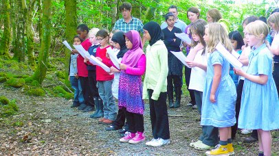 singing-in-the-woods-2
