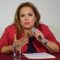 Anuncia Tania Valentina que padece Covid-19; se aísla