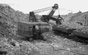 Utilaje folosite la construirea Canalului Dunăre – Marea Neagră, 1953  Foto: (c) Arhiva istorică AGERPRES