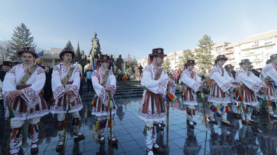Ce-au căutat Urșii din Dărmănești, în mod special, și Călușarii la Sfântu Gheorghe, de Ziua Unirii Principatelor Române?