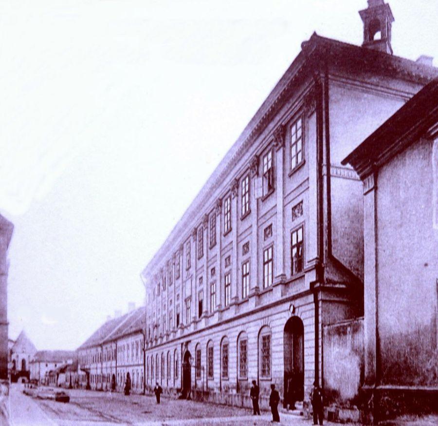 Jurnal din anii ciumei Covid 19: Una dintre cele mai dragi clădiri laice ale românilor