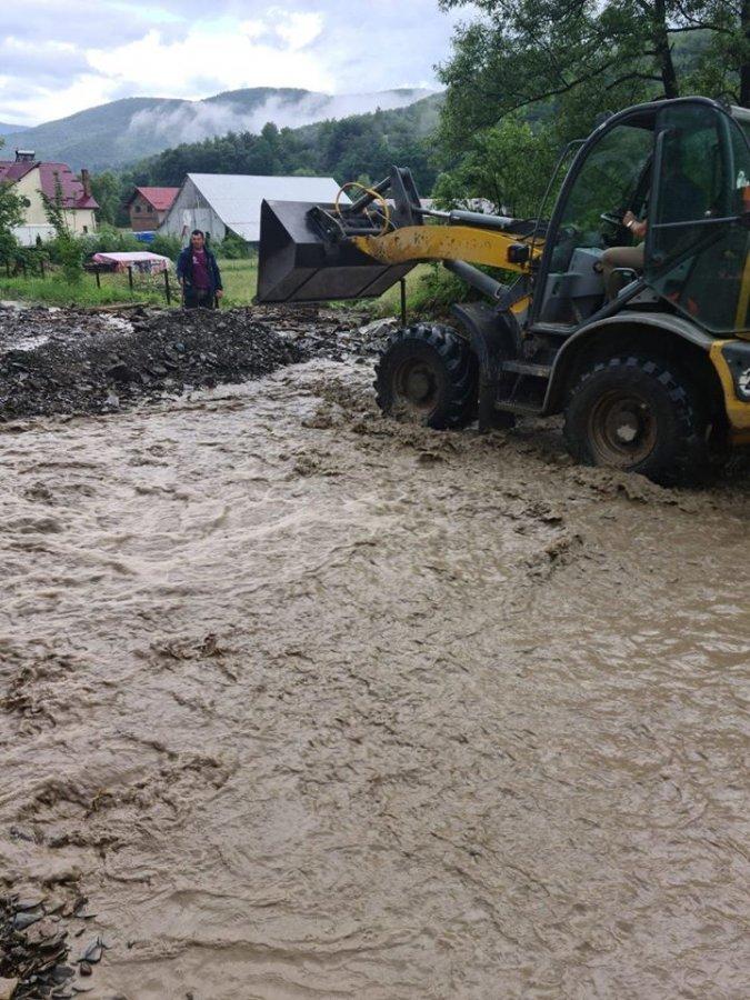 Fonduri alocate pentru lucrări de înlăturare a efectelor inundațiilor