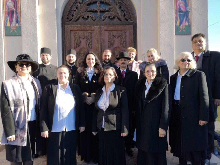 """Asociația """"Așezământul Social Sfântu Nicolae"""" al Catedralei Ortodoxe Sfântu Gheorghe aduce împreună, prin activități educative și culturale, copii, tineri și adulți"""