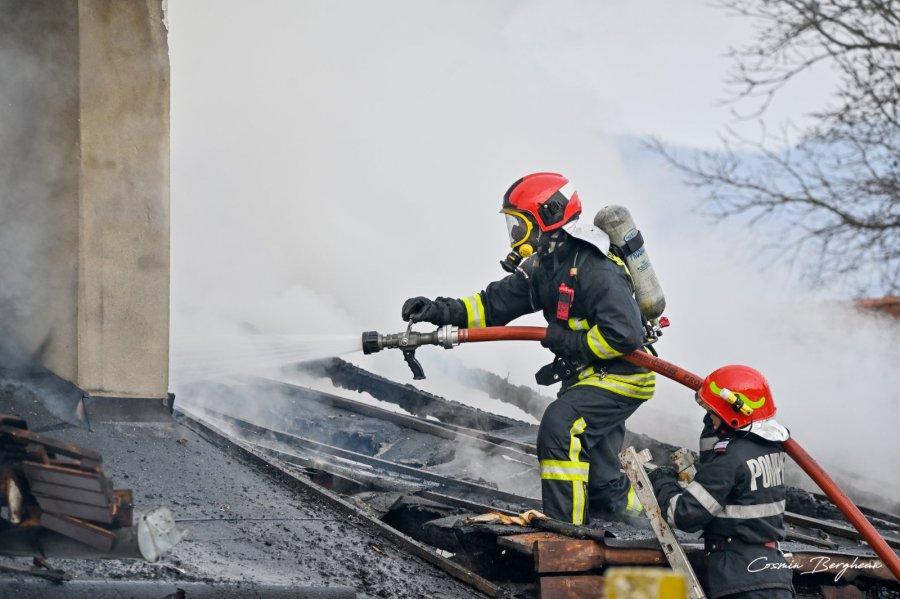 Măsuri de prevenire a incendiilor la începutul sezonului rece