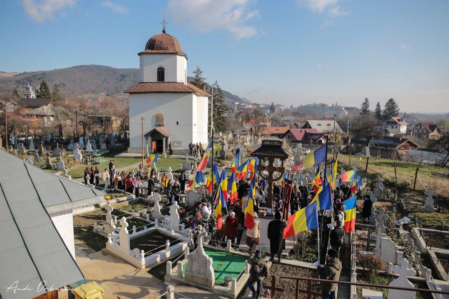 Ziua Națională între Martirii și Sfinții de la Târgu Ocna și Eroii de la Valea Uzului, în organizarea Asociației Calea Neamului.