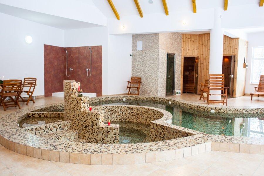 Complexul de agrement de la Şugaş Băi îşi reia integral activitatea; se redeschid centrele spa şi de tratament