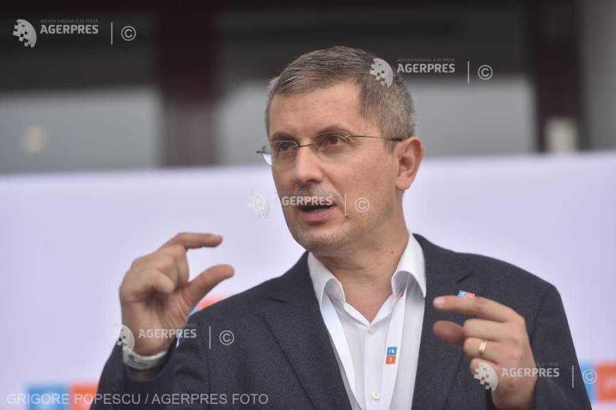 Barna: Vom cere mâine (vineri-n.red)) în coaliţie demisia premierului; dacă nu, avem pregătită moţiunea de cenzură