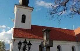 """Sfințirea Bisericiii """"Adormirea Maicii Domnului"""" din Parohia Mărtănuș la împlinirea a 225 de ani de la ridicarea ei"""