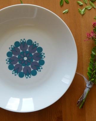 Lot de 3 assiette creuse en porcelaine de la marque Thomas, Germany. Motifs géométrique bleu. Année 70.