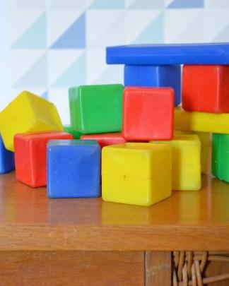 cube en plastique pour les constructions