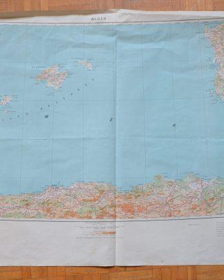 Carte d'Alger dressée, dessinée et publiée par l'Institut Géographique National en 1945. Tirage de février 1947. Europe 1.000.000. J'ai récupéré cette carte (et la vingtaine d'autre!) chez un monsieur ayant travaillé à la SNCF.