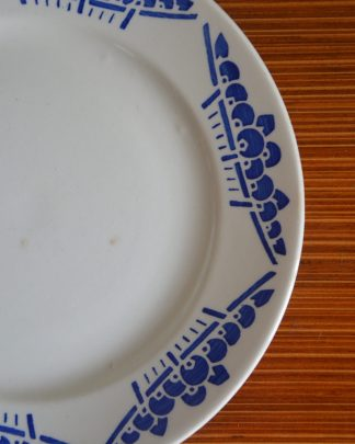 Lot de 6 assiettes à dessert de la manufacture Lunéville K&G, collection Marcel. Motif bleu.