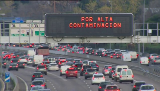AUTOVIA POR LA VEGA DE GRANADA ¡NO!