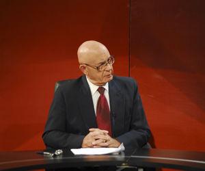 Dr. Néstor García Iturbe