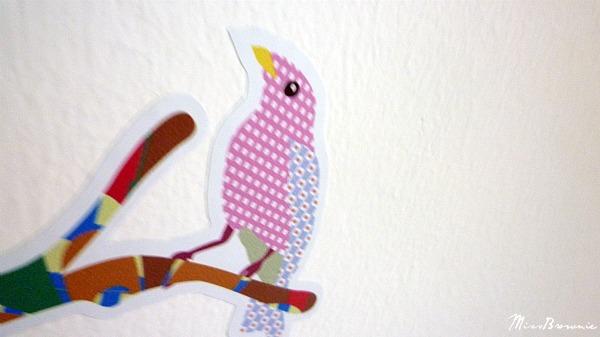 sticker-oiseau-sur-branche-deco-chambre-bebe