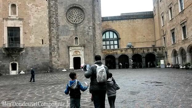 napoli-castel-nuovo-a