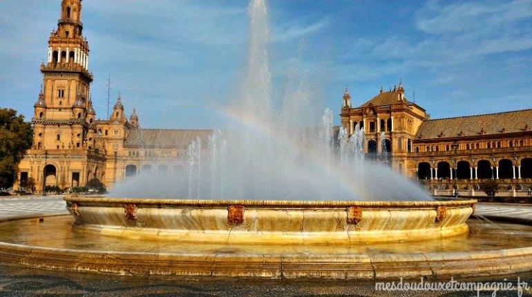fontaine place Espagne séville